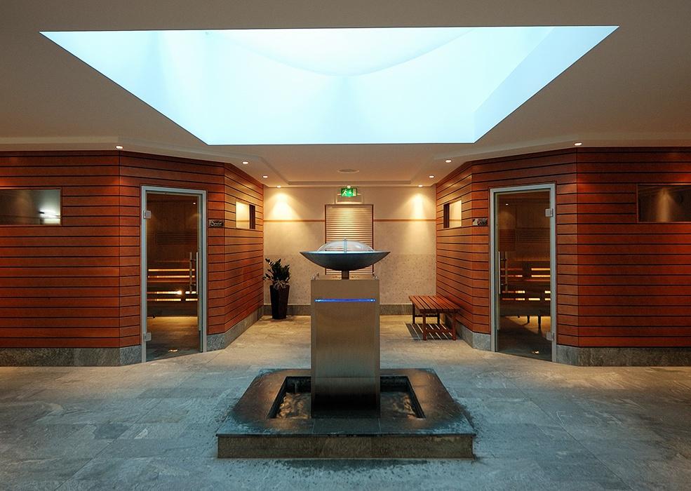 wellness anlagen die sch nste art zu entspannen. Black Bedroom Furniture Sets. Home Design Ideas